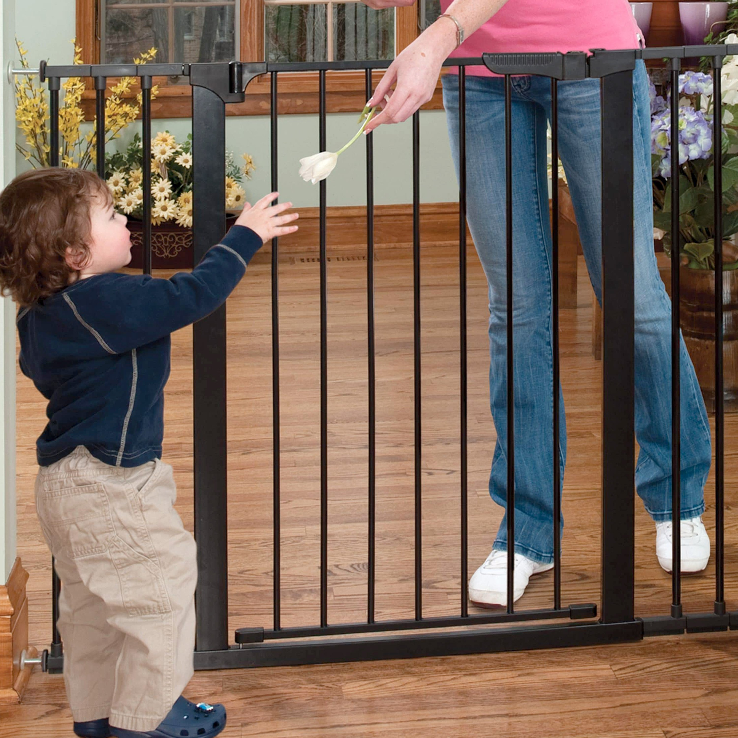 Kidco Tall And Wide Auto Close Gateway Pressure Mounted Gate