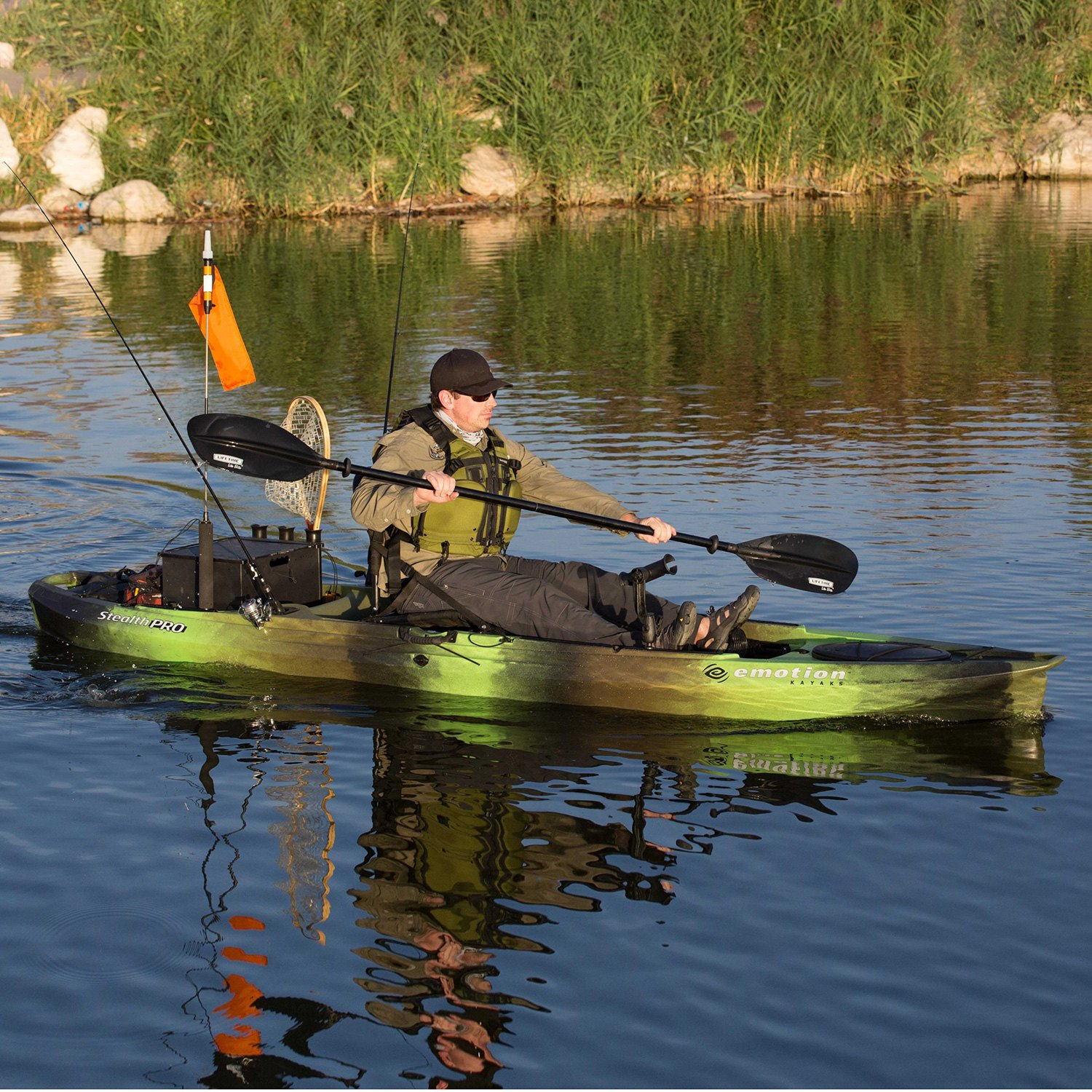 Lifetime Stealth Pro 11 8 Angler Solo Solid Kayak